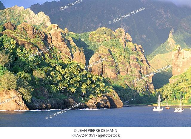 La Baie des Vierges Bay of the Virgins, Hanavave, island of Fatu Iva, Marquesas Islands, French Polynesia, Pacific