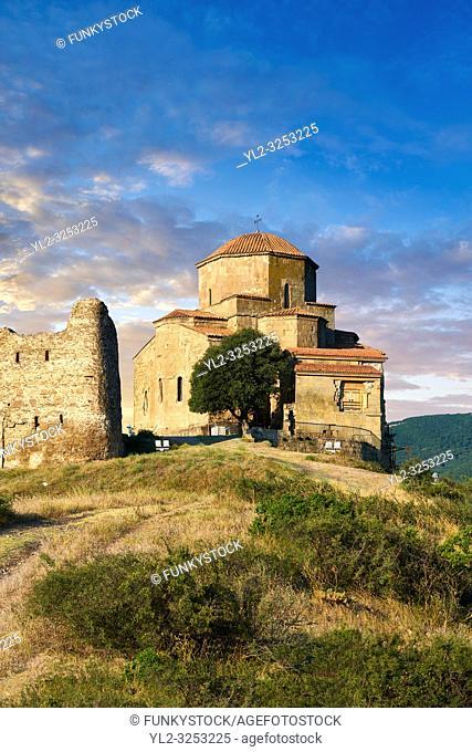 Pictures & images of Jvari Monastery, a 6th century Georgian Orthodox monastery near Mtskheta, eastern Georgia. A UNESCO World Heritage Site