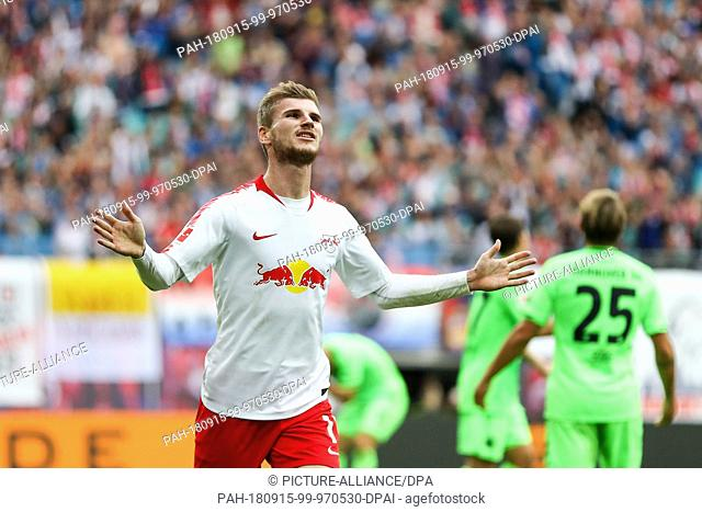 15 September 2018, Saxony, Leipzig: 15 September 2018, Germany, Leipzig: Soccer: Bundesliga, Matchday 3, RB Leipzig vs Hannover 96 in the Red Bull Arena