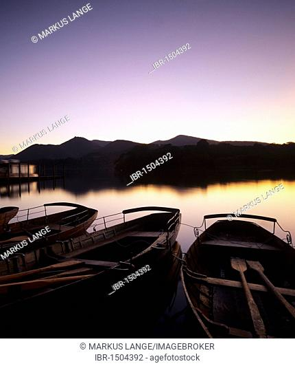 Rowing boats on Derwent Water, Cumbria, Lake District, England, United Kingdom, Europe
