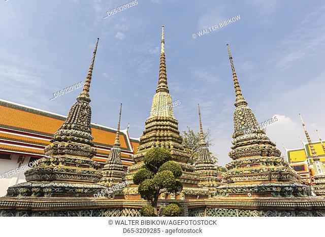Thailand, Bangkok, Ko Ratanakosin Area, Wat Pho, exterior