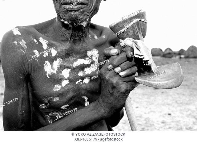 ethiopia, omo valley, karo tribe