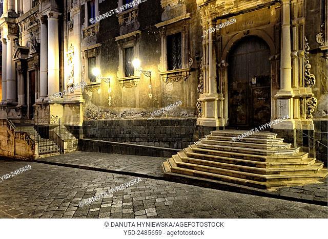 Europe, Italy, Sicily, Catania, old town, Via Crociferi, on right Ex-Collegio dei Gesuiti, on left Chiesa San Francesco Borgia, previously Chiesa dei Gesuiti