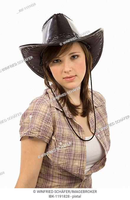 Young woman dressed casually with a cowboy hat