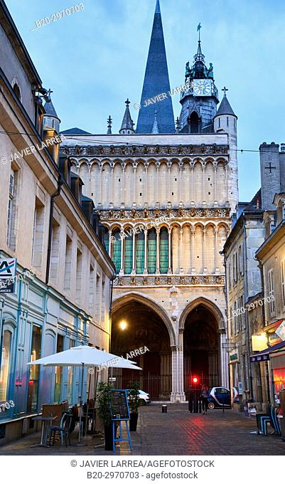 Notre-Dame church, Rue Musette, Dijon, Côte d'Or, Burgundy Region, Bourgogne, France, Europe
