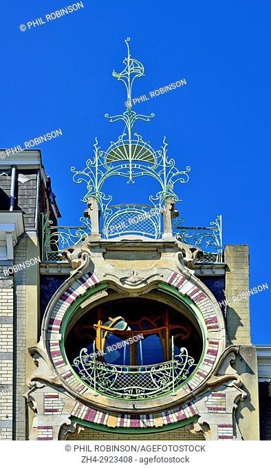 Brussels, Belgium. Maison de Saint-Cyr / Saint Cyr Huis, residential house (Art Nouveau style: Gustav Strauven,1903) Square Ambiorix, facade detail