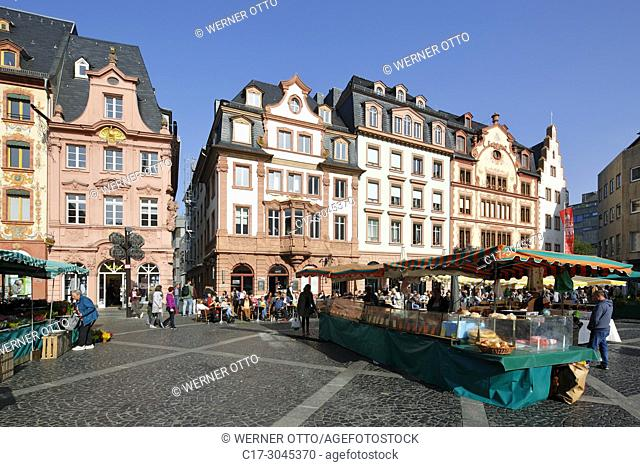 Mainz, D-Mainz, Rhine, Rhine-Main district, Rhineland, Rhineland-Palatinate, weekly market at the market place, business houses and residential buildings