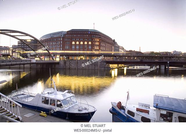 Germany, Hamburg, Boats moored at canal embakement, Binnenhafen