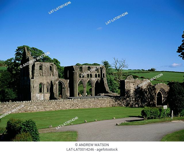 Dundrennan Abbey is a 12th century Cistercian abbey building now ruined,and open to the public