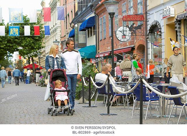 Family walking on shoppingstreet