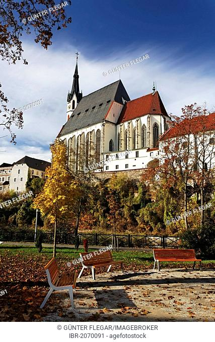 St Vitus Church in Cesky Krumlov, UNESCO World Heritage Site, South Bohemia, Bohemia, Czech Republic, Europe