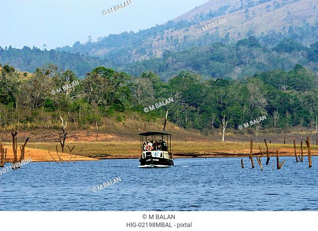 BOATING IN PERIYAR LAKE IN PERIYAR TIGER RESERVE, THEKKADY