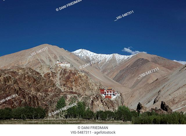 The recently restored Tangtse Gompa (Tangtse Monastery) in Tangtse, Ladakh, Jammu and Kashmir, India. Ladakh is renowned for its remote mountain beauty and...