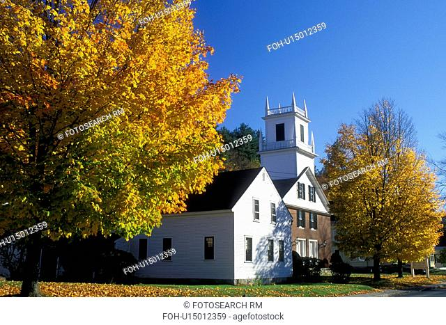 white church, Peterborough, NH, New Hampshire, Union Congregational Church in the town of Peterborough in the autumn
