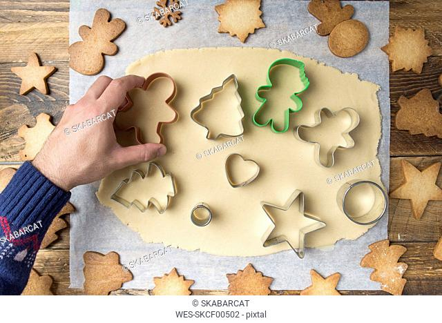 Making christmas cookies with mold