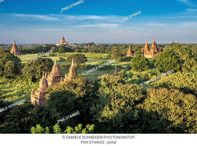 Myanmar, Mandalay area, Bagan archaeological site, view from the temple Shwe San Daw
