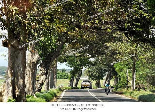 Mauritius, road in the inner part of the island