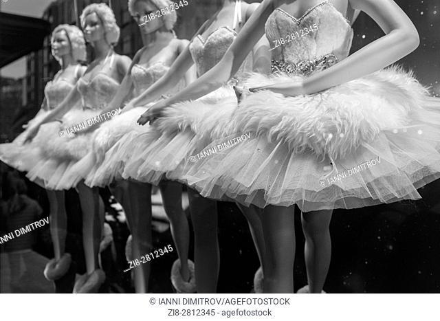 Ballet dancers mannequins