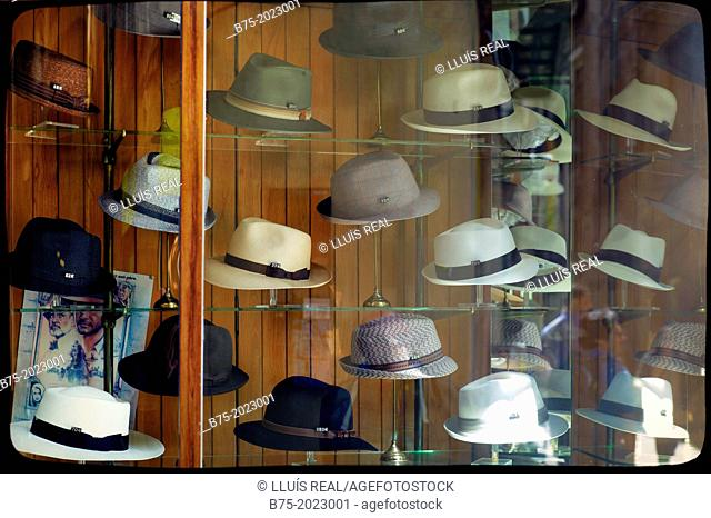 Store showcase classic hat shop in the center of Barcelona fac9d185b00