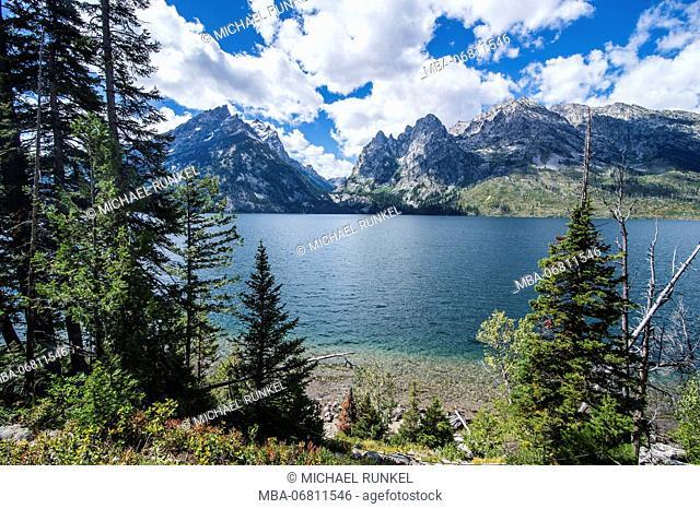 Jenny lake before the Teton range in the Grand Teton National Park, Wyoming, USA
