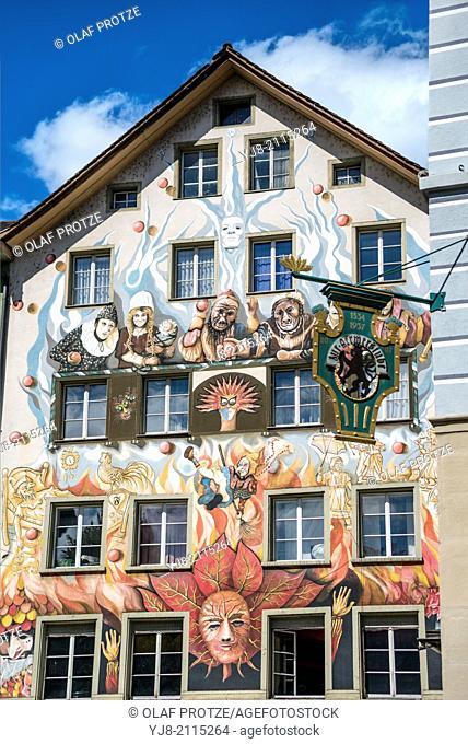 Fritschi-Restaurant in the old town of Lucerne, Switzerland | Fritschi-Restaurant in der Altstadt von Luzern, Schweiz | 2014-7642
