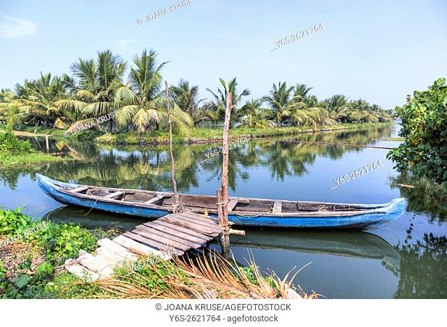 wooden boat in the backwaters of Kochin, Kerala, India, Asia
