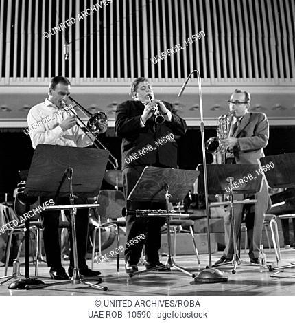 Musiker beim Jazz Workshop in Hamburg, Deutschland 1960er Jahre. Musicians at the Hamburg jazz workshop, Germany 1960s
