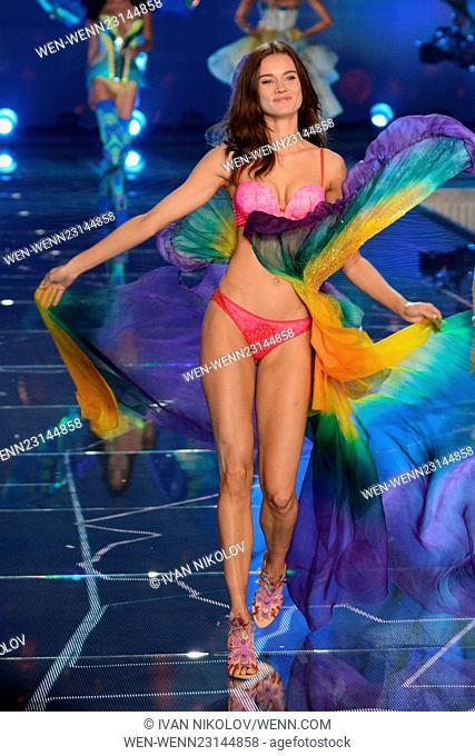 2015 Victoria's Secret Fashion Show - Runway Featuring: Jac Jagaciak Where: New York, New York, United States When: 10 Nov 2015 Credit: Ivan Nikolov/WENN