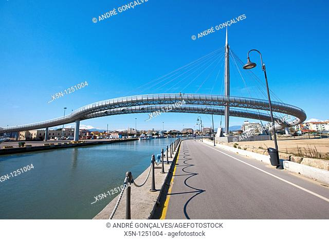 Modern Bridge, Pescara, Italy