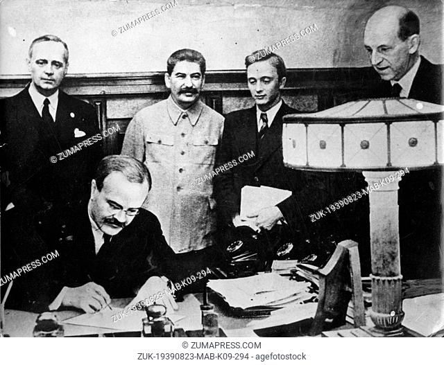 Aug. 23, 1939 - Moscow, Russia - The first signatures of the Molotov Agreement by the German Mr. JOACHIM VON RIBBENTROP and MARSHALL JOSEPH STALIN