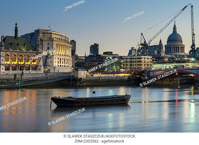 Dawn at Blackfriars and St Paul's Cathedral, London, England