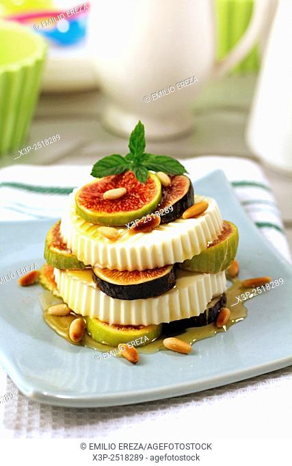 Cheese, figs and honey