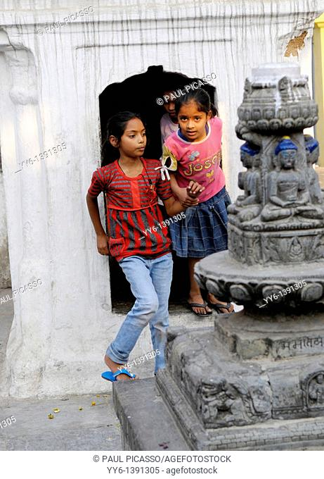street children, the nepalis , life in kathmandu , kathmandu street life , nepal