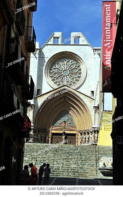 The Cathedral, main façade, 13th century, Gothic. Tarragona, Spain