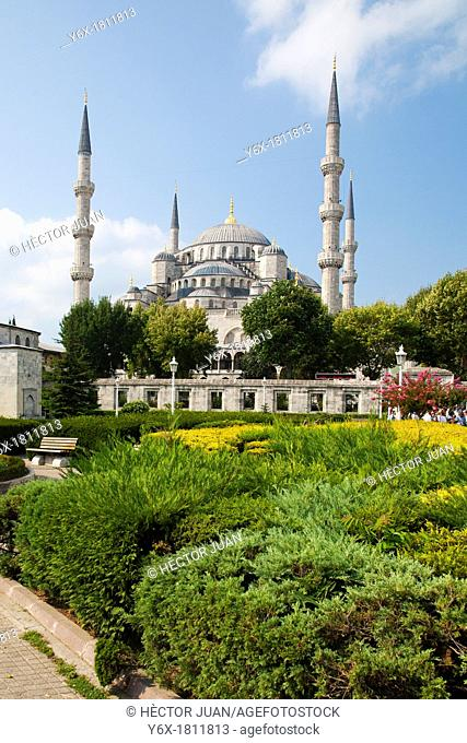 Eyüp Sultan Mosque from park