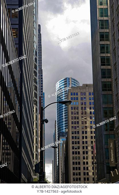 skyscrapers located in Chicago