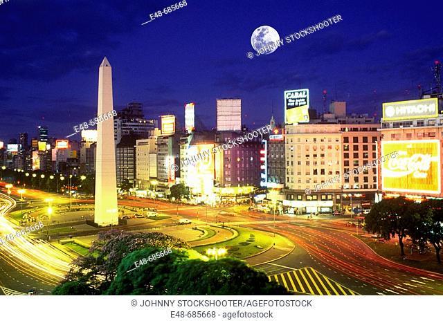 Obelisk avenida 9 de  Julio buenos aires  Argentina