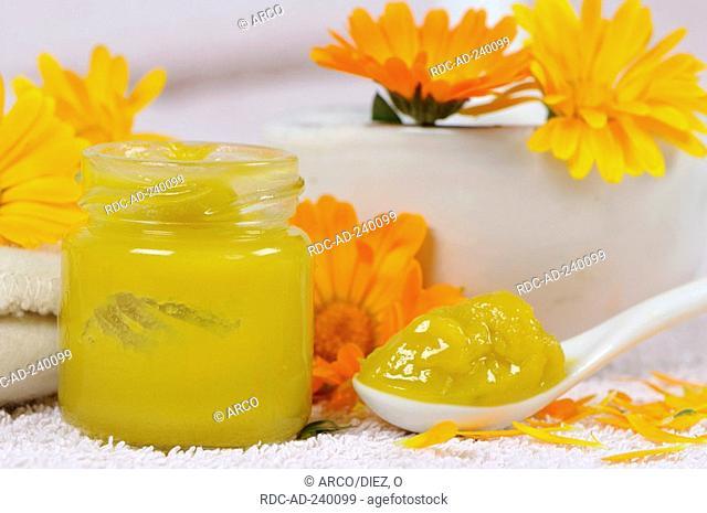 Garden Marigold oinment / Calendula officinalis