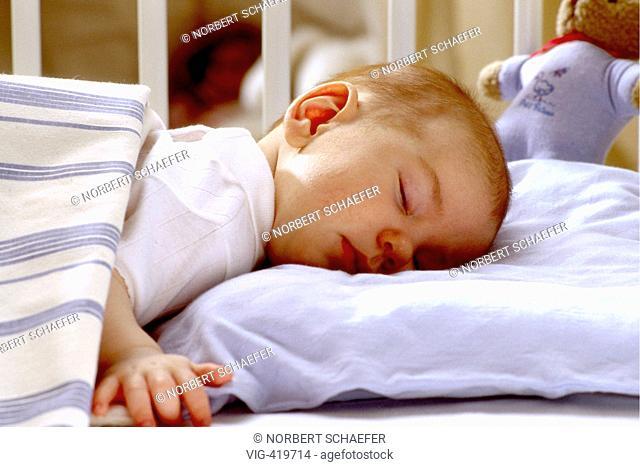 Sleeping baby. - 17/04/2007