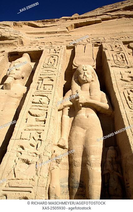 Rock-hewn Statues of Ramses II (left) and Queen Nefertatri (right), Hathor Temple of Queen Nefertari, Abu Simbel, Egypt