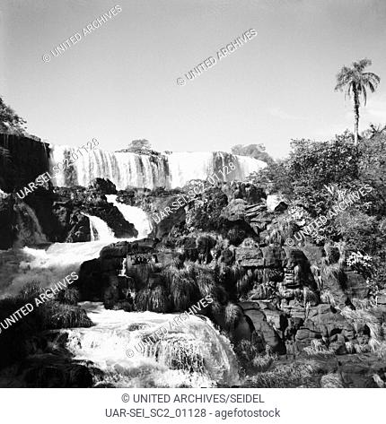 Die Iguazú-Wasserfälle, Argentinien/Brasilien 1960. The Iguazu Falls, Argentina/Brazil 1960