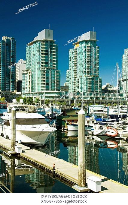 Coal Harbour seawalk, Vancouver, BC, Canada