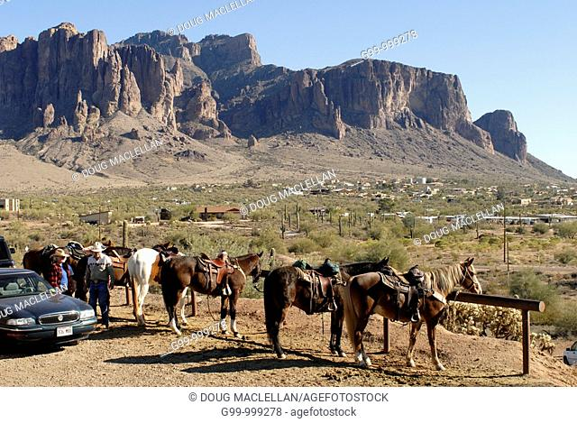 USA, Arizona, Gold Field Ghost Town  Rental horses with Superstition Mountains in background
