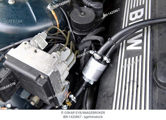 LPG system STAG-300-6 plus in a car of the BMW 7 Series, model E38, built 1997, 6-cylinder straight engine with 142kW, Stuttgart, Baden-Wuerttemberg, Germany