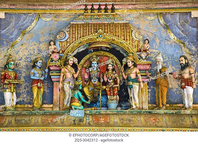 Lord Rama, Lord Lakshmana and Goddess Sita, Carved Idols on the Gopuram of the temple, On the way to Kumbakonam, Tamil Nadu, India