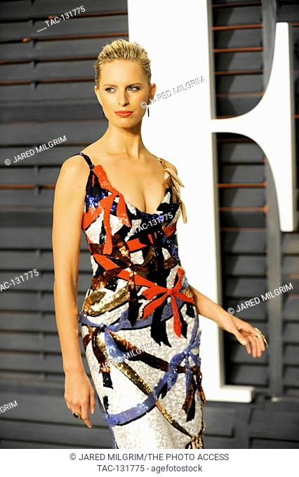Karolina Kurkova attends the 2015 Vanity Fair Oscar Party hosted by Graydon Carter at Wallis Annenberg Center for the Performing Arts on February 22nd