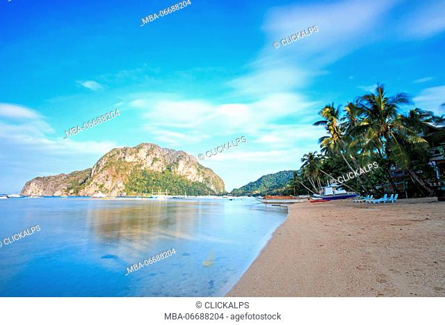 Sunrise at Corong Corong beach, El Nido, Palawan, Philippines