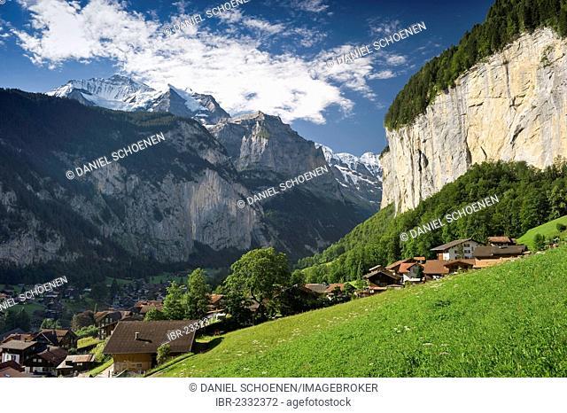 Lauterbrunnen with Staubbach Falls, Bernese Oberland, Canton of Bern, Switzerland, Europe