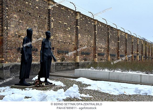 """The sculptures """"""""group of women""""""""of Will Lammert can be seen at the women's concentration camp Ravensbrueck in Fuerstenberg, Germany, 8 February 2017"""