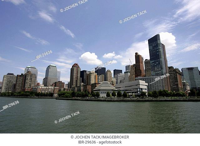USA, United States of America, New York City: Downtown, Financial District. Skyline lower westside, Hudson river